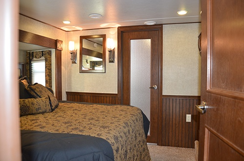 Alpine 3720FB Fifth Wheel RV Interior Bedroom