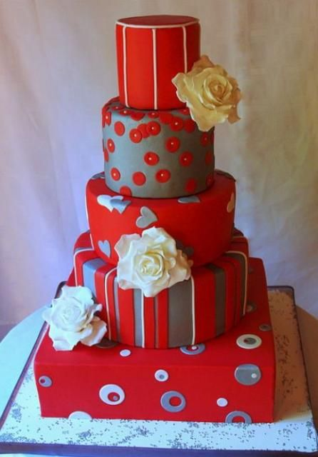 Wedding Cakes Pictures Red Silver 7