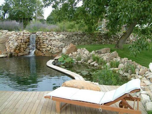 Las 25 mejores ideas sobre chapoteador en pinterest - Diseno de piscinas naturales ...