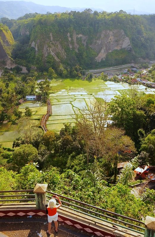 Ngarai Sianok: The view when you are looking down the canyon from the cliff top is just majestic; kilometers of lush green canyon, and rice fields built on the canyon floor. (Photo by Raditya Margi)