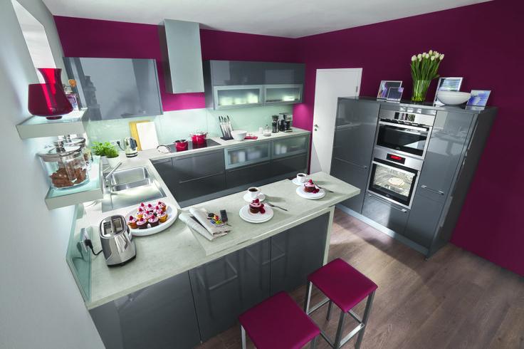 La cuisine en u tania anthracite un bel espace pour se - Cuisine en u avec coin repas ...