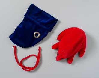 2009/74/1 Soft toy, Puggle in a bag, cloth / plastic / metal, made by Mattel Toys, United States of America, c. 1983 - Powerhouse Museum Collection