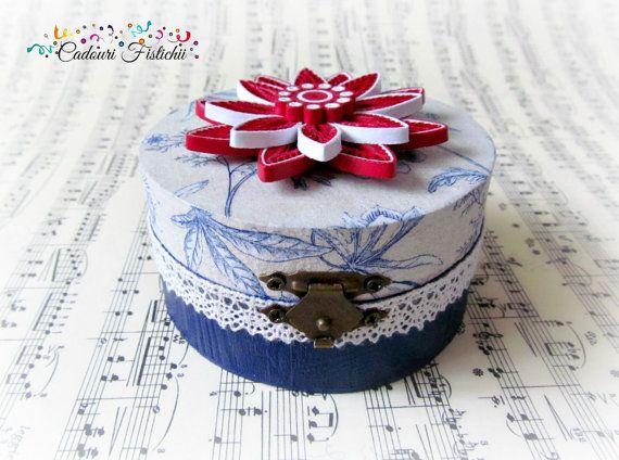 Paper  Quilling  Handmade  Flower  Wedding box by CadouriFistichii