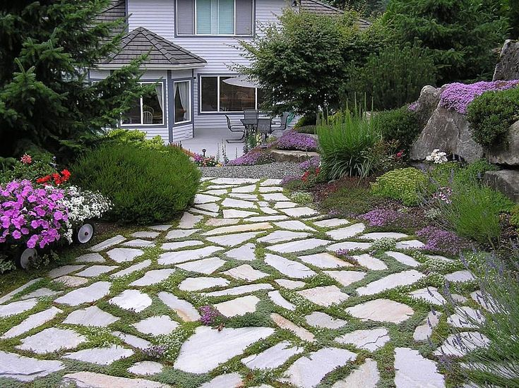 Flagstone Walkway Design Ideas best 25 flagstone pavers ideas on pinterest backyard pavers diy decking on a budget and flagstone Tile Stone Pathway Traditional