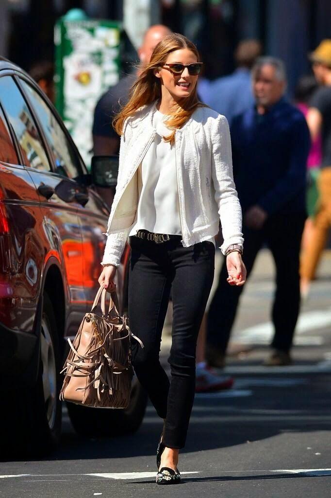 Olivia Palermo diva e aquelas peças básicas que sempre nos salvam: jeans + sapatilha + casaqueto