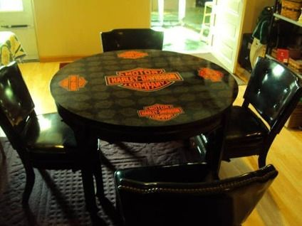 Harley-Davidson Table and Chairs | 500Harley Davidson Poker Table -4 Chairs for sale in Silvis, Illinois