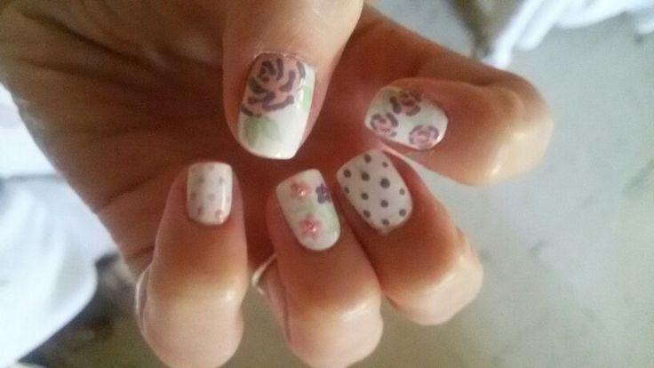 Pastel flowers #nailart