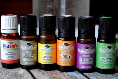 Cleaning with Plant Therapy Essential Oils