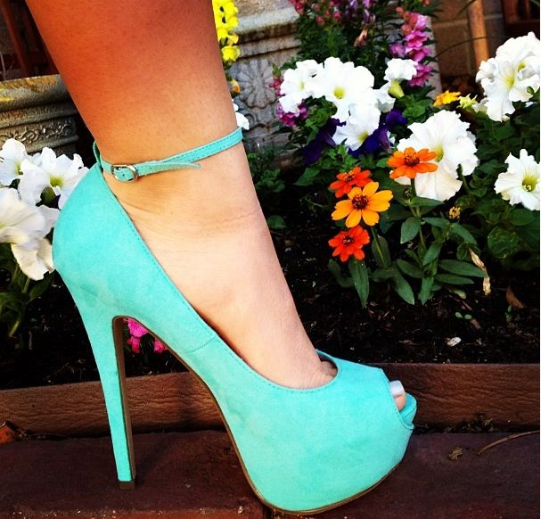 #Prom #Heels #TiffanyBlue
