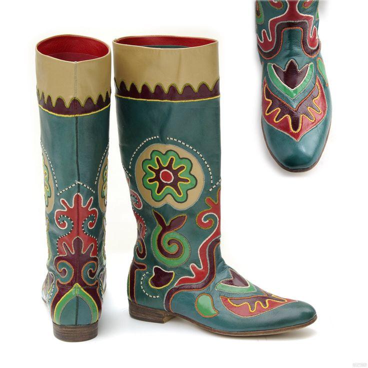 Tatar national boots. Татарская национальная обувь - ичиги женские в технике «кожаная мозаика».