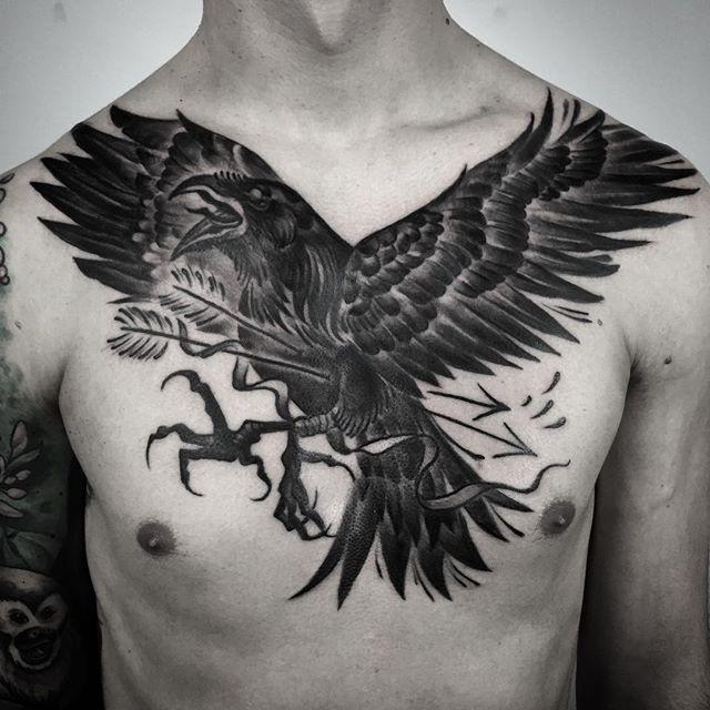 #crow #crowtattoo #elapour #blacktattoomag #blackartsupport #blacktattooing #taot #blackndark #btattooing #blxckink  #blacktattooart #pechschwarztattoo #blackwork  #blacktattoo #blackworkers_tattoo #tttism #skinartmag #germantattooers  #tattooworkers