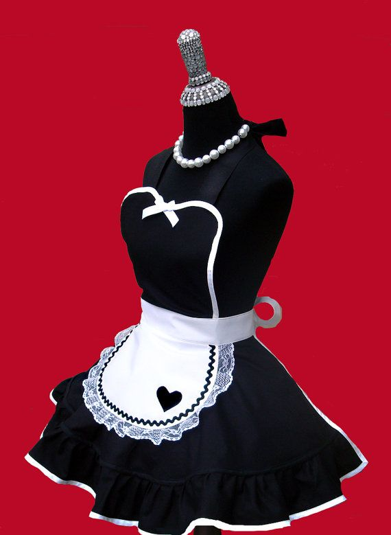 spirit halloween maid costume