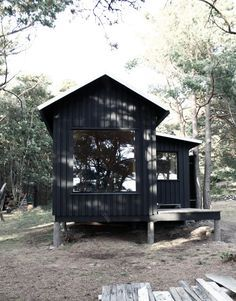 Ermitage is a minimalist house located in Karlskrona, Sweden, designed by Septembre. A wooden cabin with sauna and bedroom on the island of ...