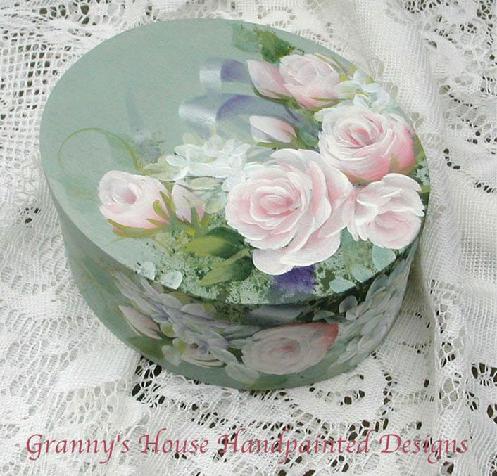 Beautiful work!! :~D (not mine) Roses Box