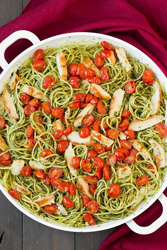 Isn't pesto one of the best foods ever created? The flavor is so bold and vibrant, and when it's homemade it's just bursting with fresh flavor. It's makes