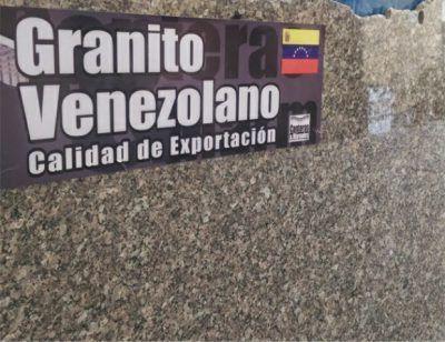 Venezuela exportó 72 toneladas de granito a Colombia Las exportaciones de granito criollo suman en peso 72.000 kilogramos de las diversas variedades y colores de nuestro granito en láminas de tres metros de largo por dos de alto.Esta semana, han partido al mercado colombiano tres nuevas exportaciones de láminas de granito venezolano, por parte de empresas nacionales de este rubro.  http://wp.me/p6HjOv-3hh ConstruyenPais.com
