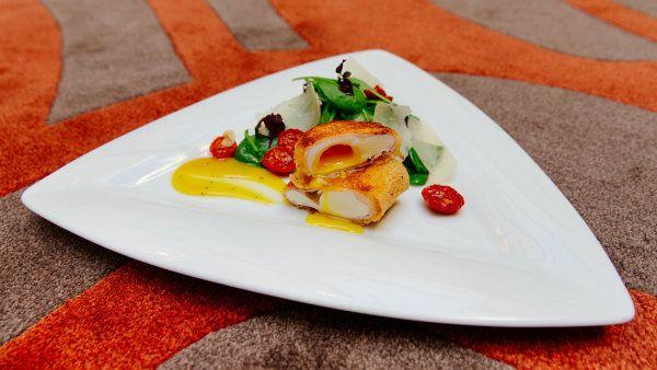 Velikonoce na talíři podle špičkových šéfkuchařů. Pochutnejte si na osobitém menu http://life.ihned.cz/jidlo/c1-62036560-velikonoce-recepty-in-magazin
