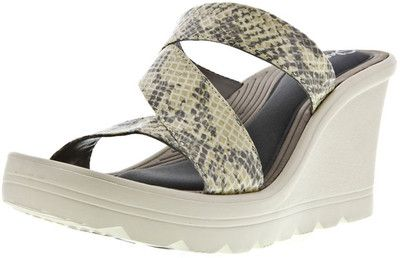 Skechers Playground Tic Tac Toe - The Skechers Tic Tac Toe is a wedge that combines style with comfort - memory foam comfort that is. The cushioned footbed in this wedge heel will provide you with all-day support and style.