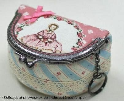 good picture tutorial....would really like to try making something similar to this...out of denim...Косметичка с фермуаром. Cosmetic bag clasp