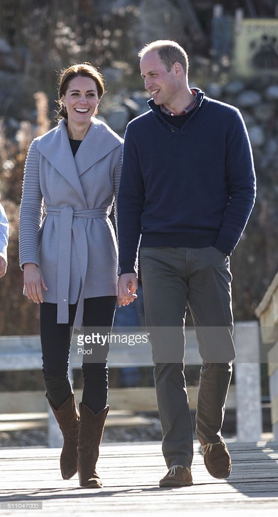 Catherine, Duchess of Cambridge and Prince William, Duke of Cambridge visit Carcross during the Royal Tour of Canada on September 28, 2016 in Carcross, Canada. Prince William, Duke of Cambridge, Catherine, Duchess of Cambridge, Prince George and Princess Charlotte are visiting Canada as part of an eight day visit to the country taking in areas such as Bella Bella, Whitehorse and Kelowna