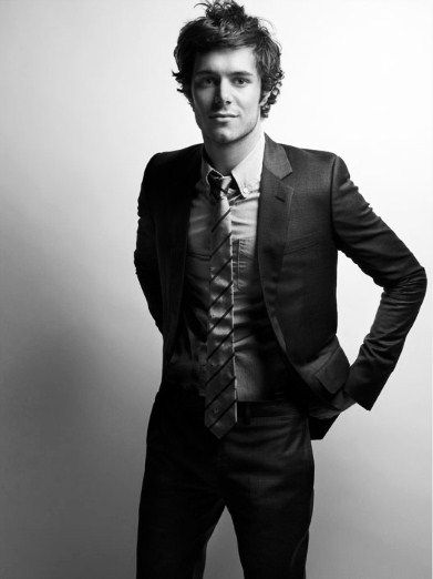 Adam Brody. This face makes me miss the OC and want to watch it straight away!! Adam in suits...That is priceless...