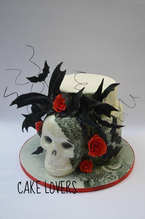 gothic cake - by lucia and santina alfano @ CakesDecor.com - cake decorating website