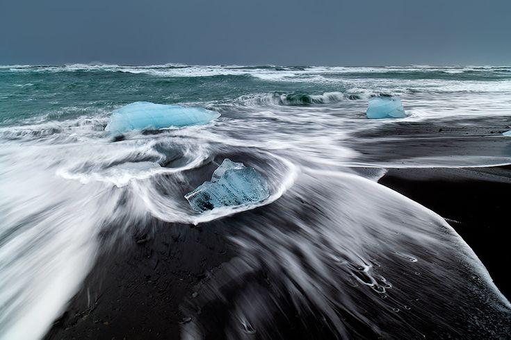 Pobřeží pod ledovcem