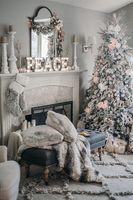 Stunning Christmas decor for the modern farmhouse living room