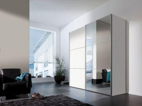 Superb Schlichtes Design und klare Linien Schwebet renschrank Bianco sorgt f r ausreichend Platz Raffinierte Details wie Spiegelfront und Zierleisten setzen