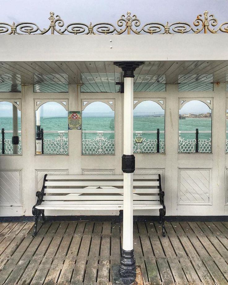 "Gefällt 52 Mal, 2 Kommentare - Diana (@dianalou9) auf Instagram: ""The pier in winter...peaceful place! ✨✨✨ #Brighton #pier #beach #sea #coast #flying…"""