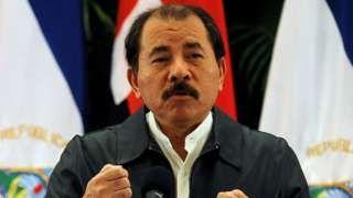 """Image copyright                  AFP                  Image caption                                      El presidente Daniel Ortega tiene asegurada su reelección en Nicaragua.                                Que las encuestas no son infalibles lo confirmó recientemente el voto a favor del Brexit en Reino Unido y el """"No"""" al acuerdo de paz de Colombia."""