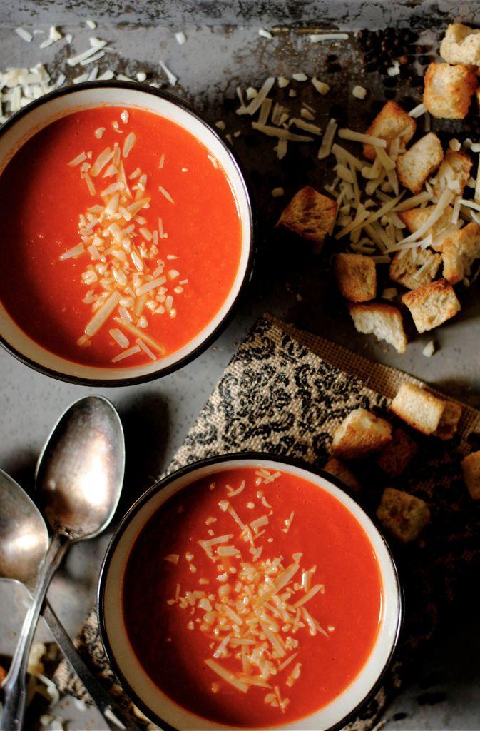 Zuppa di pomodoro speziata.