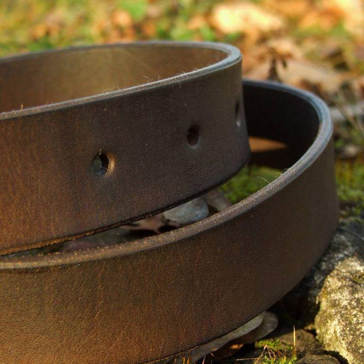 """Polubienia: 18, komentarze: 2 – Fabryka Rzeczy Fajnych (@frf.com.pl) na Instagramie: """"One of simple classic belts from #FRF #fabrykarzeczyfajnych #leather #leatherwork #leatherbelts…"""""""
