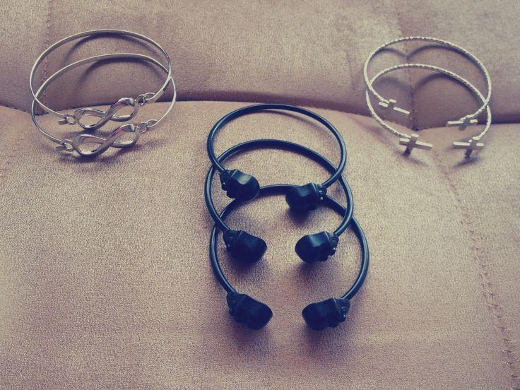 Bracelets K