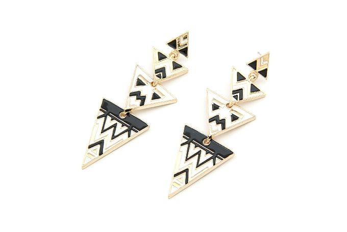 Black and white Aztec print earrings by Rings & Things on hellopretty.co.za