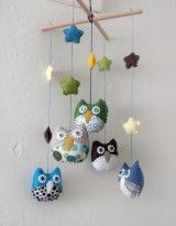 BRON: etsy.com/personalized-children-owl-mobile-made-to