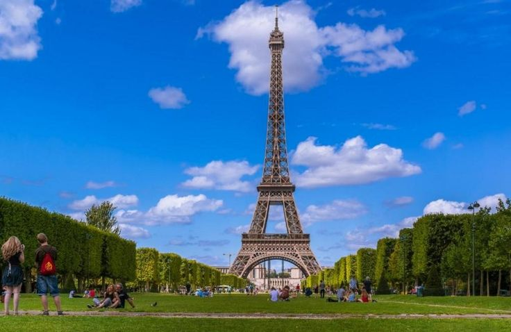Paris, France - Find Cheap Flights: http://666travel.com/travel-deals-cheap-round-trip-flights-from-vancouver-canada-to-paris-france/