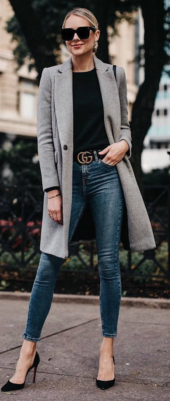 casual style perfection / coat + black top + skinny jeans + heels