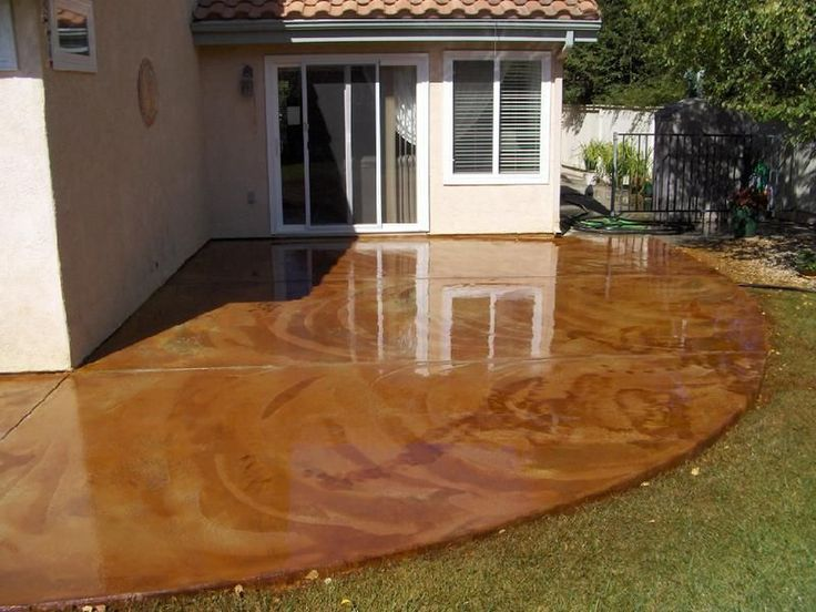 Concrete acid stain is not paint. The stain soaks into the pores of the concrete and reacts chemically with the cement, limes, and mineral salts. Each piece of concrete will color uniquely because of this. For this reason, you can't tell what the final result will look like simply by surveying the concrete. Color and hue is completely dependent upon the slab.