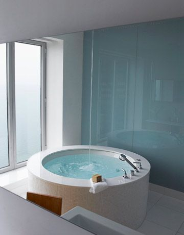 round bath tub: Bathroom Design, Bath Tubs, Downtown Chicago, Bathtubs, Glasses Wall, Decoration Idea, Hot Tubs, Soak Tubs, Spa