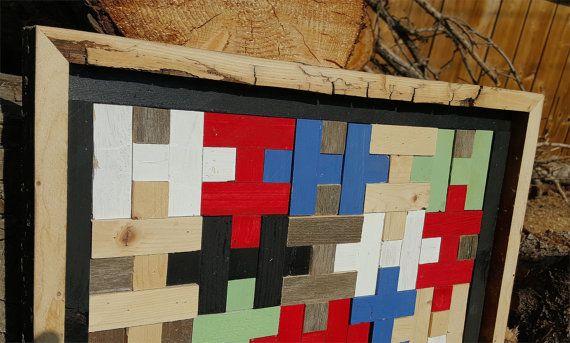 Quilt patroon - schuur Quilt puzzel blok - In geborgen teruggewonnen Up-fietste schuur hout. Dit is de tweede van mijn stukken van de puzzel-Quilt patroon. De patroon en het frame van deze Quilt is een beetje lichter dan de andere. De heldere kleuren zijn speels en leuk. Gemaakt van geregenereerde schuur hout dat is geverfd, gekleurd en in sommige gevallen links in zijn natuurlijke staat. U kunt zien in het frame, de barsten van leeftijd en gebruiken. Het oude hout heeft wederom leven…