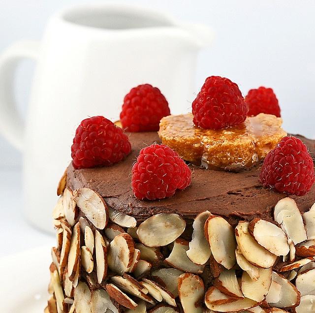 dobosh torte with raspberries | if loving chocolate is wrong... | Pin ...