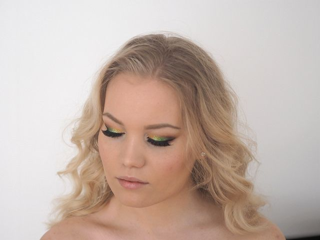 Green & Yellow Eyes with Glitter