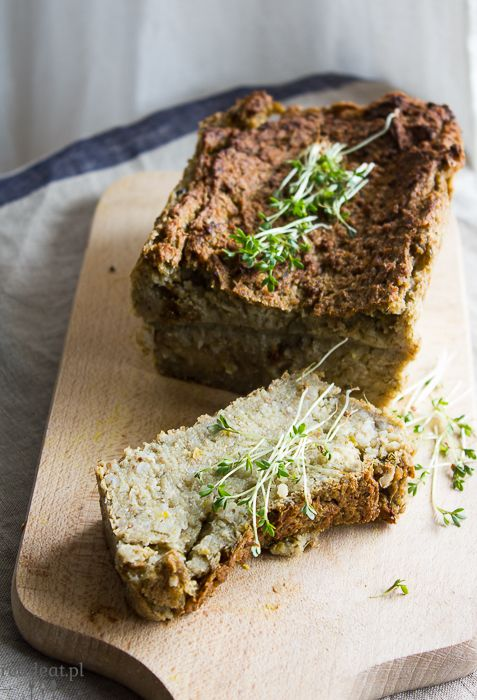 pasztet z selera i białej kaszy gryczanej Celeriac and barley pate (vegan)