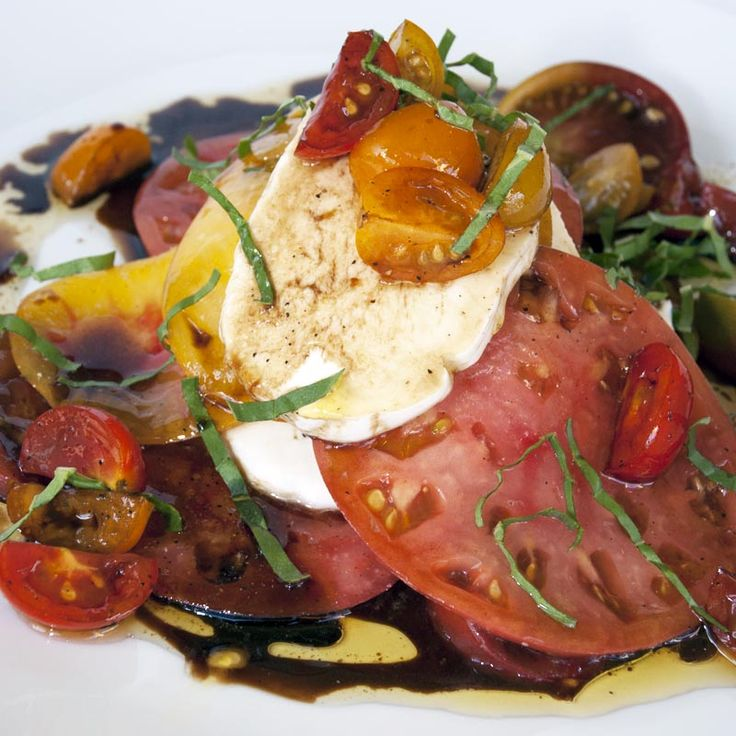 Insalata Caprese: Tomatoes, Basil and Mozzarella / @DJ Foodie / DJFoodie.com