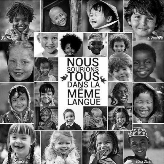 Nous sourions tous dans la même langue