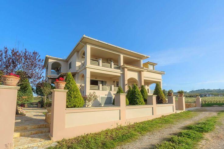 Δείτε αυτήν την υπέροχη καταχώρηση στην Airbnb: DioVa Holiday Home at Drosia Beach - Σπίτια προς ενοικίαση στην/στο Kipseli