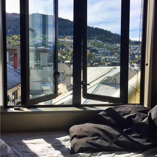 Views from Base Queenstown! #winterwanderlust #xbase #hostel #travel #newzealand #queenstown #instapassport #instagood #instatravel #photooftheday #picoftheday #love #views #mountains #snow
