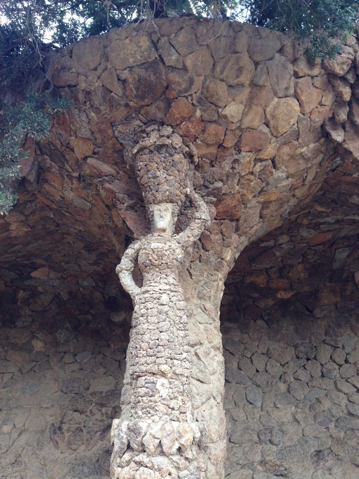 Portico of the Washerwoman