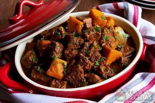 Receita de Carne de panela com abóbora e café em receitas de carnes, veja essa e outras receitas aqui!